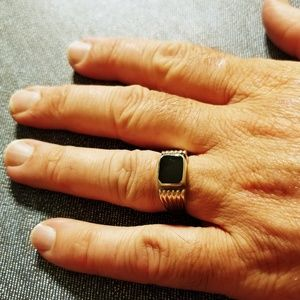 Black Onyx and Sterling Silver Men's Ring (size10)